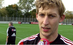 Stefan Kießling im Interview mit Bayer 04-TV (Foto: Screenshot Bayer 04-TV)